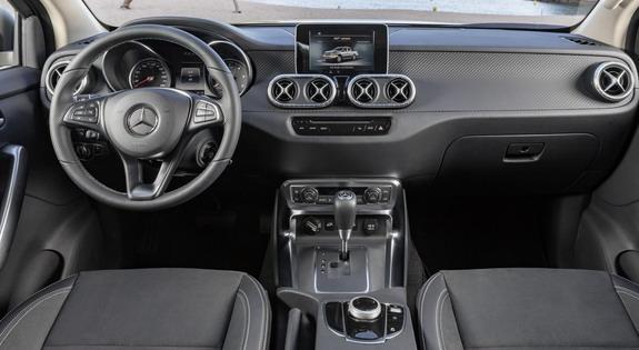 Mercedes-X-class-3