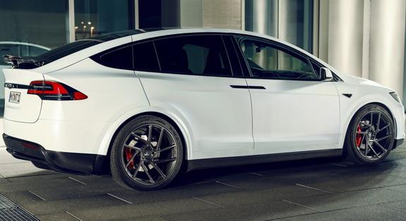 Novitec-Tesla-Model-X-2