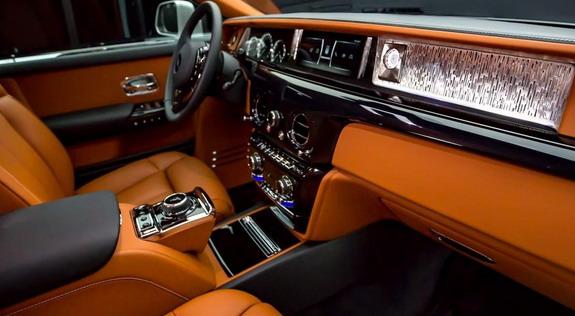 Rolls-Royce-Phantom-VIII-6