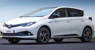 Toyota-Auris-Hybrid-1