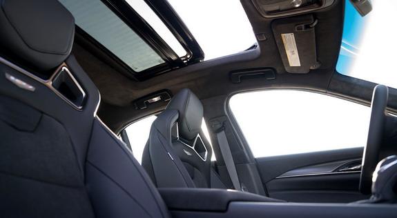 Cadillac-CT-V-Glacier-Metallic-Edition-2