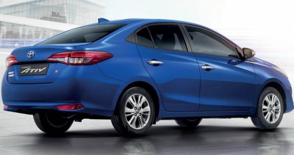 Toyota-Yaris-Ativ-2