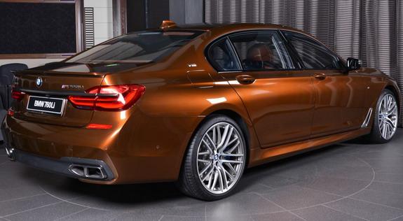 BMW-M760Li-Chestnut-2