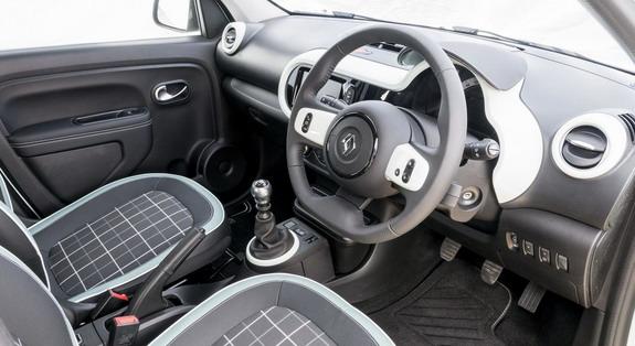 Renault-Twingo-Iconic-3