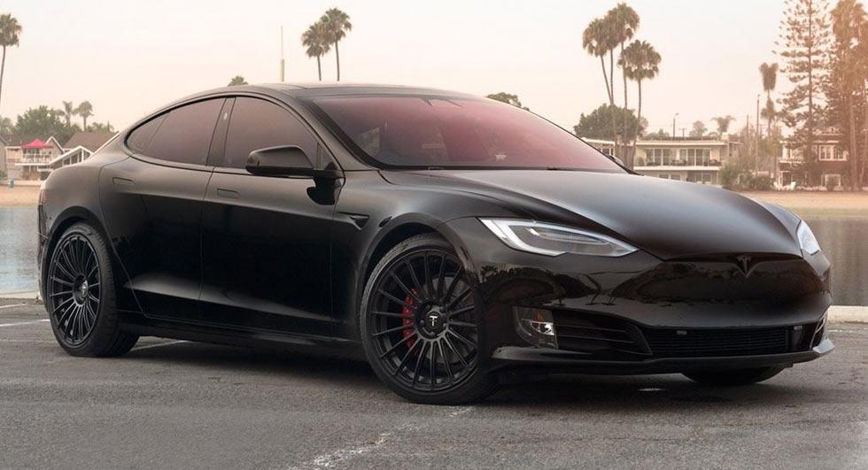 VIDEO: T Sportline Project TS8 (Tesla Model S) - AUTOMOBILI
