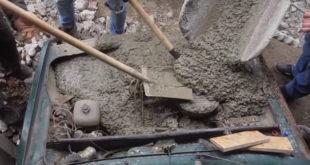 Video iz Rusije: Da li Ladin motor može da radi i kad je zabetoniran?